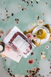 byron-bath-organics-rose-romance-bath-tea-Product-one