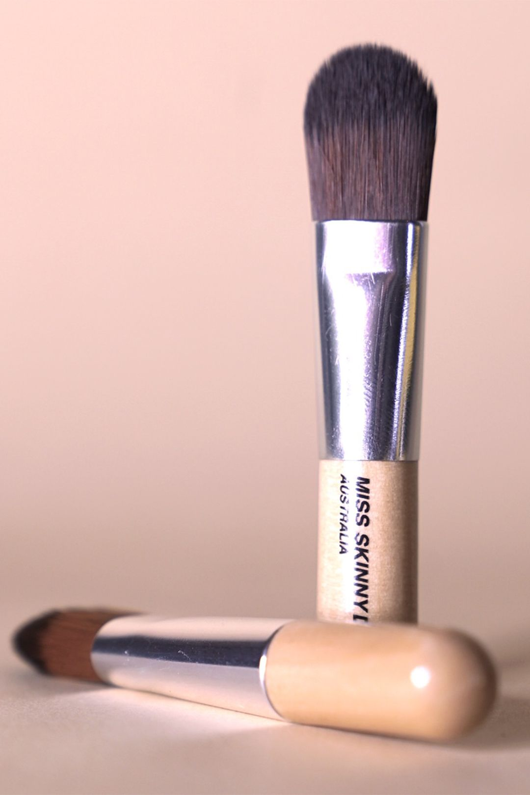 miss-skinny-dip-brush-2