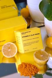 miss-skinny-dip-vitamin-c-clay-mask-4