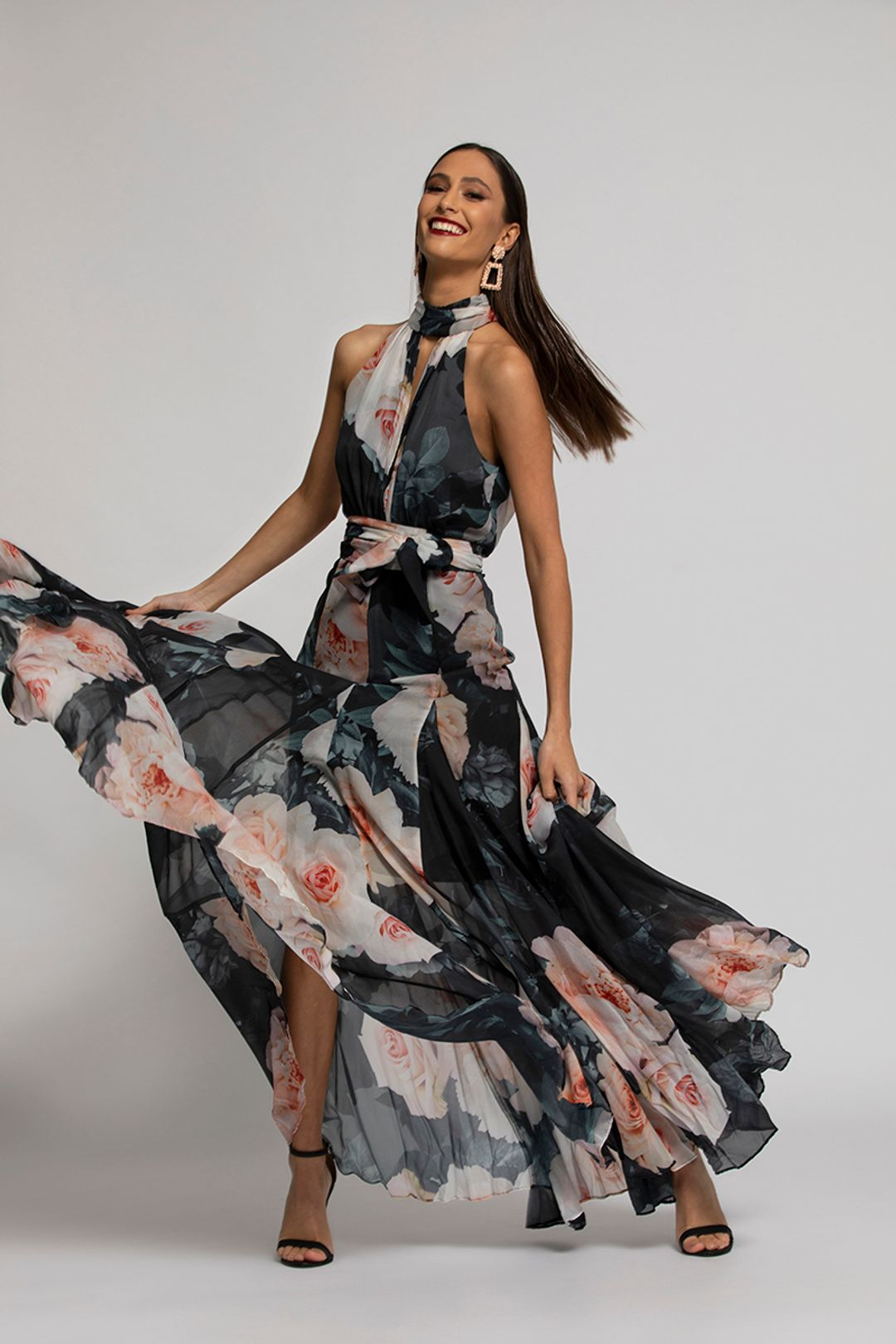 montique-vanessa-gown-floral-grey-campaign