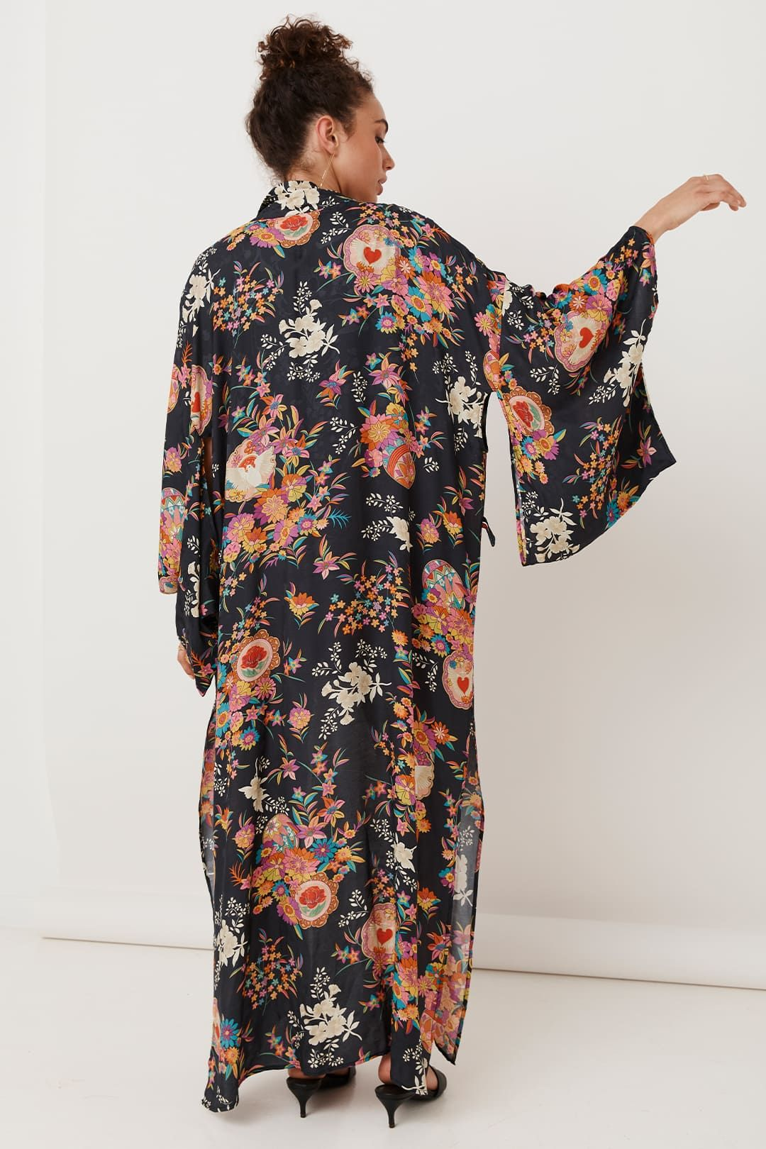 Spell Leo Maxi Robe Charcoal Relaxed Fit