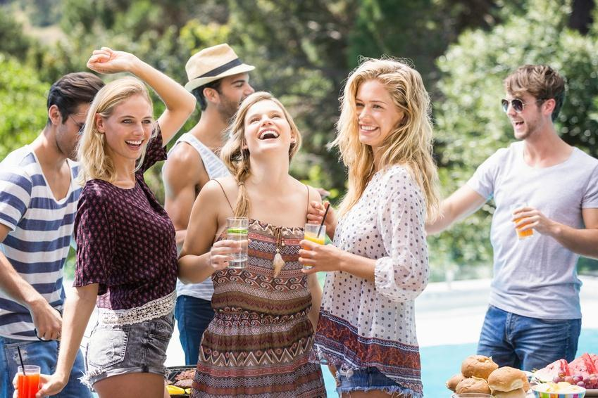 pool party SUMMER GUIDE FASHION DRESSES