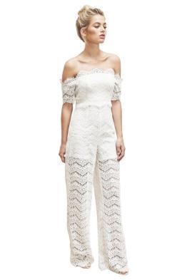Bridesmaid dresses alternatives: jumpsuit