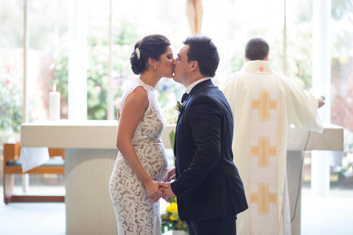 rent a wedding dress